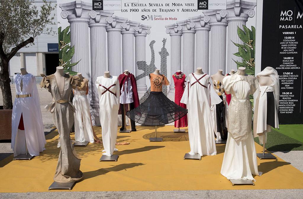 Homenaje de la Escuela Sevilla de Moda al aniversario de Trajano y Adriano
