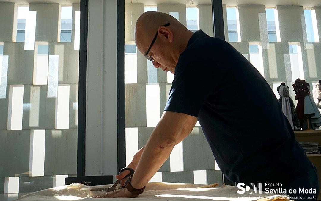 Workshop del maestro Shingo Sato en la Escuela Sevilla de Moda